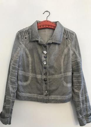 Жакет,пиджак,куртка