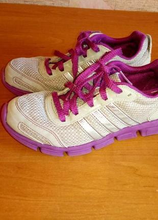 Распродажа! спортивные кроссовки на девочку бренд adidas