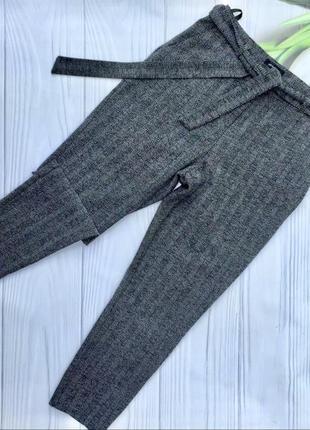 Актуальные зауженные брюки с высокой посадкой new look