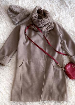Шерстяное пальто песочного цвета+ шарф хомут