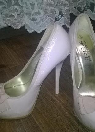 Туфли new look на шпильке