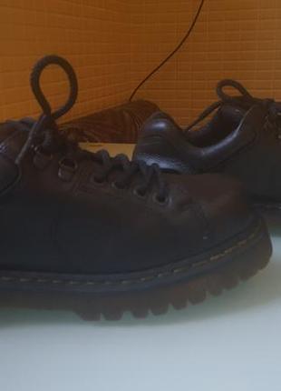 Мужские стильные туфли dr.martens оригинал