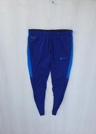 Спортивные штаны nike dri fit tech fleece