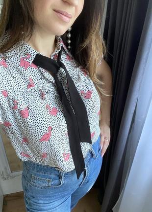 Рубашка с фламинго и лентами