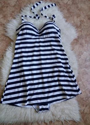 Купальное платье в полоску