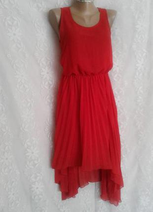 Стильное шифоновое алое платье