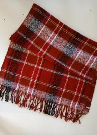Красивий большой фирменний шарф от немецкого бренда cecil