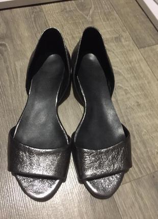 Кожаные туфли с открытым носком,р.38