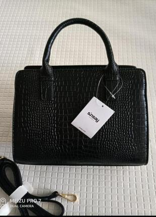 Красивая фирменная сумка змеиная кожа