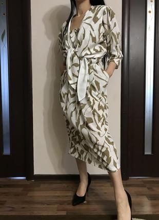 Миди платье в стиле 90 модель 2020 puccini размер s m