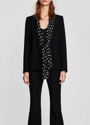 Черный пиджак/жакет с шарфом в горошек от zara.