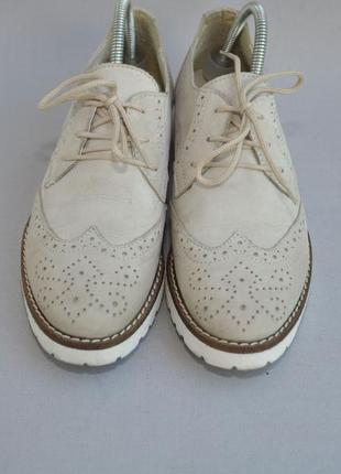 Кожаные туфли в идеальном состоянии 38р 25см стелька2 фото