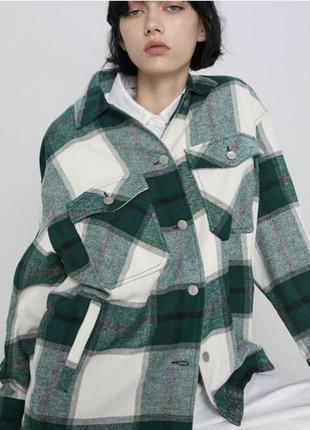 Клетчатая зеленая тёплая рубашка