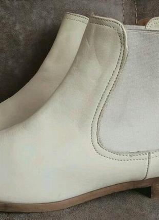 Ботинки бежевые новые!оригинал! нат/ кожа италия 37размер