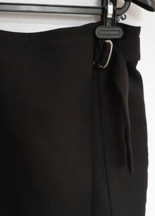 Идеальная черная классическая юбка с запахом3 фото