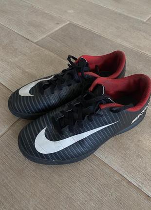 Кроссовки, футзалки adidas