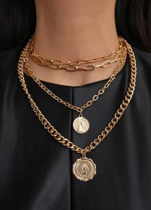 Ожерелье колье чокер многослойная цепочка золотистая с подвеской монета