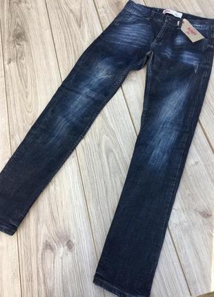 Стильные актуальные брюки джинсы штаны levi's h&m asos zara классика тренд