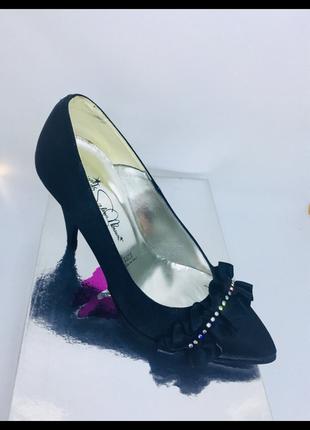 Valeria marini знаменитый итальянский бренд новые кожаные туфли 36, 37 раз