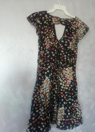 Романтическое платье в цветочки