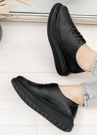 Новые женские кожаные чёрные туфли броги на шнурках