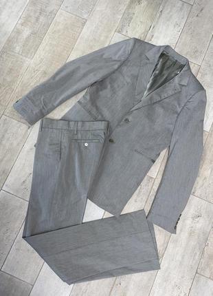 Бежевый костюм,полоска,хаки,брюки,пиджак