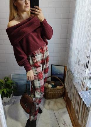 Актуальный свитерок на плечи hm с объемными рукавами