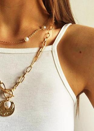 Ожерелье колье чокер многослойная цепочка золотистая с подвеской с жемчугом