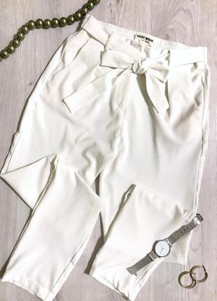 Брюки/штани/прямий крій/білі штани/висока посадка/акція/актуальна модель.