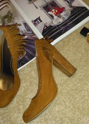 Трендовые необычные туфли2 фото