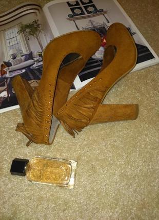 Трендовые необычные туфли5 фото