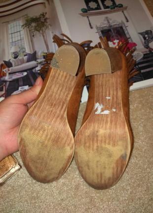 Трендовые необычные туфли10 фото