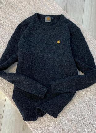 Тёплый шерстяной свитер кофта