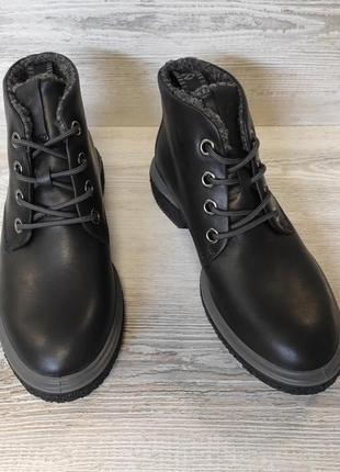 Фирменные кожаные ботинки ecco4 фото