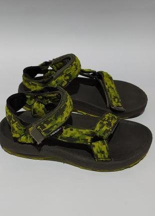 Teva оригинал босоножки сандалии для мальчика размер  32