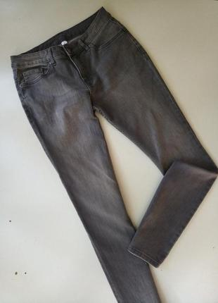 Стрейчевие димчастие джинси скинни от немецкого бренда, 40р