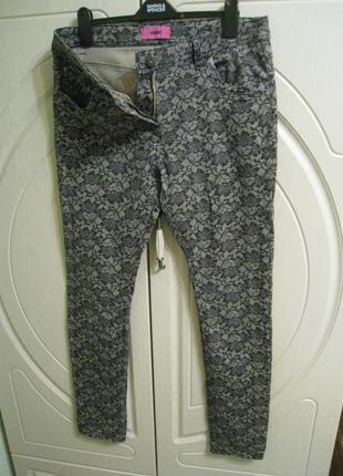 Женские джинсы скинни на р.50, uk 14, eur 42.