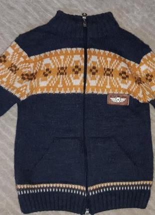 Теплый свитер на замке на 2-3 года