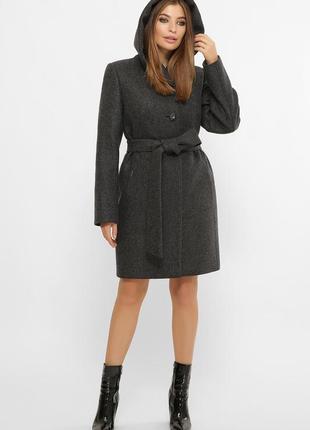 Зимнее пальто с капюшоном шерсть 60 %