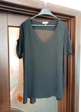 Чорна блуза