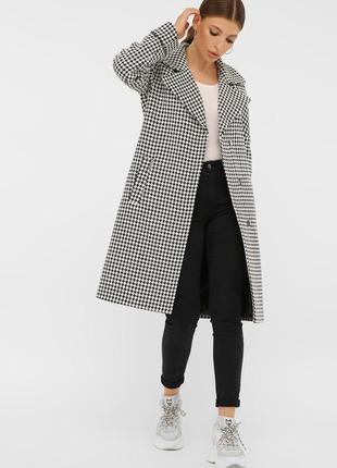 Стильное демисезонное шерстяное пальто прямого силуэта шерсть 70%
