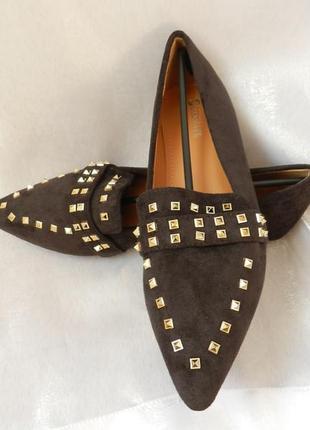 Туфли балетки эко замш с золотистыми заклёпками качество отличное разные цвета