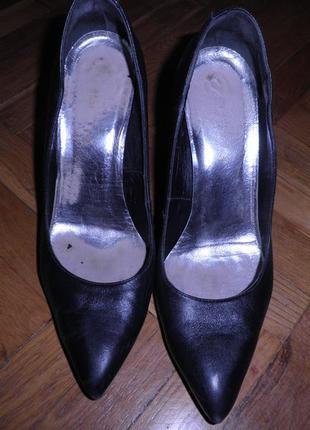 Туфли на каблуке1 фото