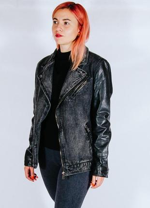 Теплая джинсовая курточка черная, куртка демисезон, кожаная куртка женская
