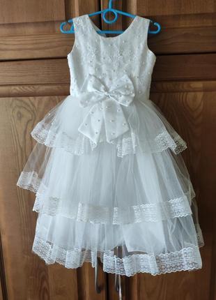 Нарядна сукня, плаття. платье для дівчинки 3-4 рочків