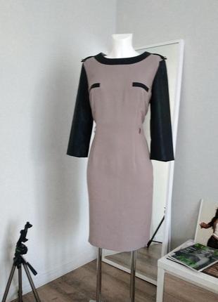 Новое платье футляр кожзам офисный стиль