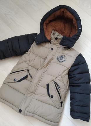 Якісна та тепла зимова куртка