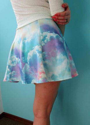 Мини юбка солнце-клеш высокая посадка, летняя яркая юбочка в облачка