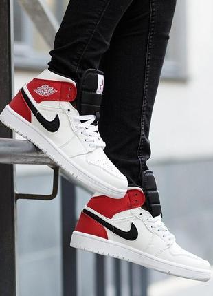 Шикарные женские кроссовки nike air jordan 1 mid white black gym red 😍