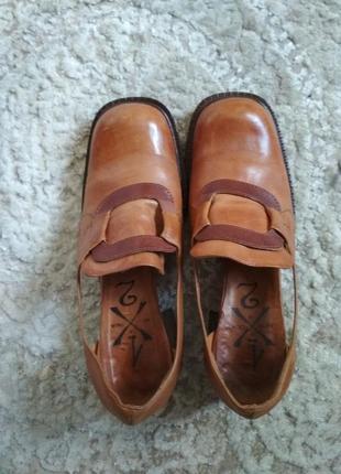 Красивые стильные туфли, лоферы, оксфорды